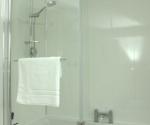 Designer Showerbath with Screen
