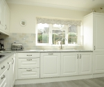 Reviva White kitchen