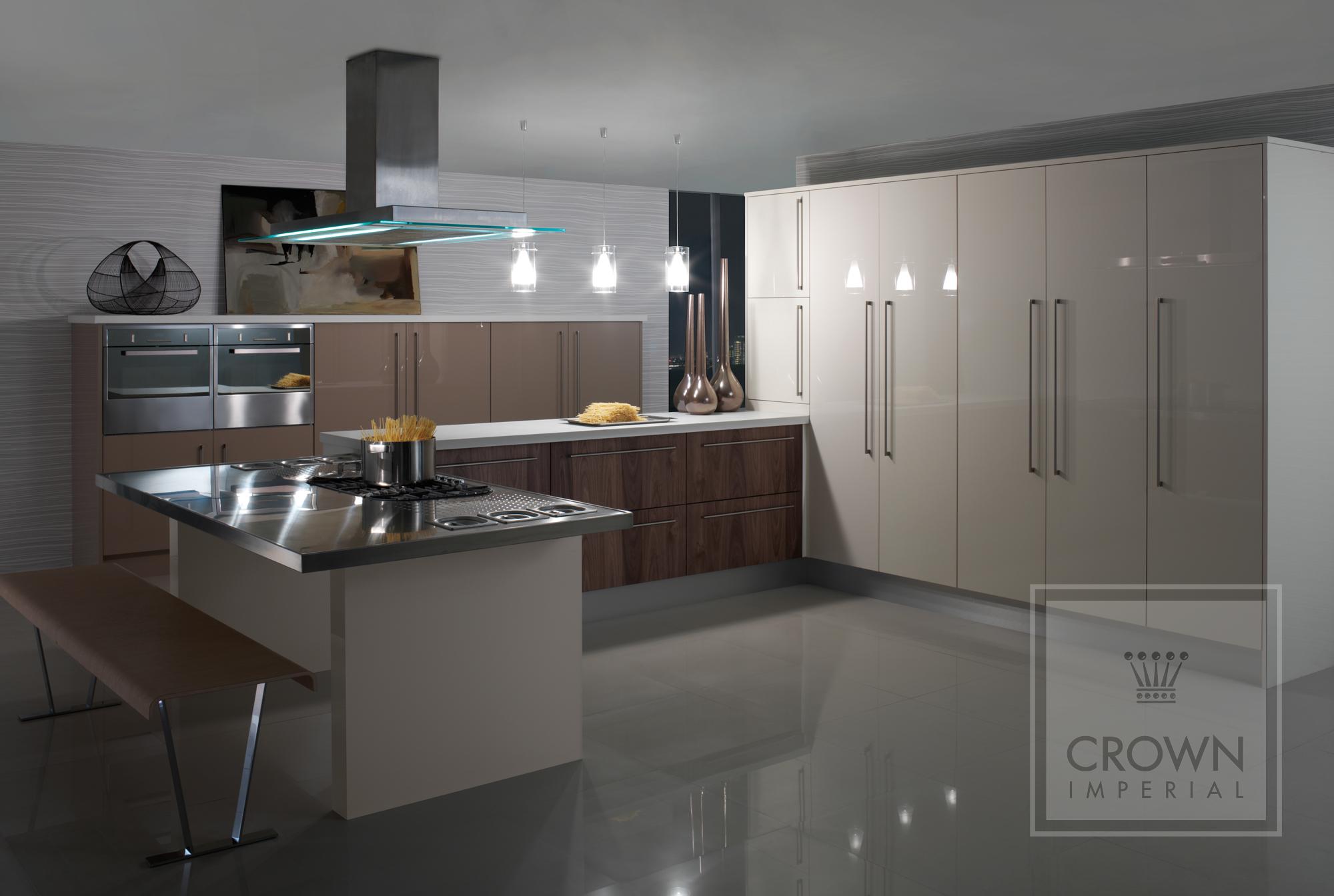 Crown Rialto Gloss Black Silver Amp White Tri Anglia Designs
